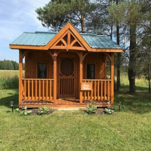 Munro Bunkie - Dreamers Writing Farm